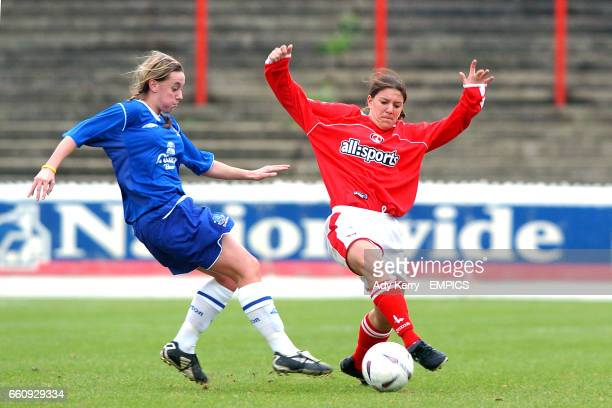 Charlton Athletic's Karen Hills and Everton's Chantelle Parry