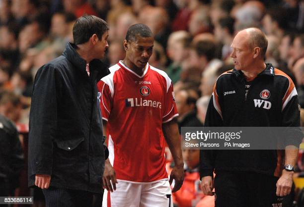 Charlton Athletic's Marcus Bent walks to the dressing room after picking up an injury