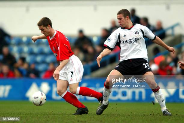 Charlton Athletic's Scott Parker gets away from Fulham's Sean Davis