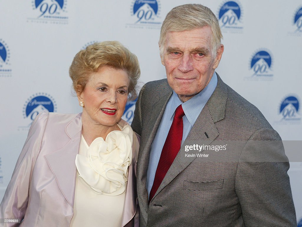 Charlton Heston and his wife Lydia at Paramount Picture's 90th Anniversary celebration '90 Stars for 90 Years' at Paramount Studios in Hollywood, Ca. Sunday, July 14, 2002. Photo by Kevin Winter/ImageDirect.