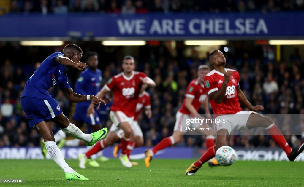 Charly Musonda of Chelsea scores his sides third goal during the Carabao Cup Third Round match between Chelsea and Nottingham Forest at Stamford Bridge on September 19, 2017 in London, England.