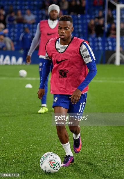 Charly Musonda of Chelsea warms up prior to the Carabao Cup Fourth Round match between Chelsea and Everton at Stamford Bridge on October 25 2017 in...