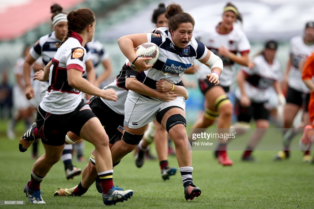 Charmaine McMenamin of Auckland makes a break during the round five Farah Palmer Cup match between North Harbour and Auckland at QBE Stadium on September 29, 2017 in Auckland, New Zealand.