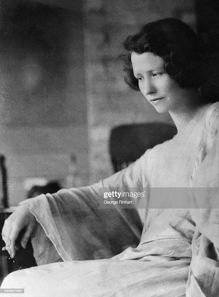 A charming snapshot of Edna St Vincent Millay the winner of the Pulitzer Prize for Best Volume of Verse in 1922