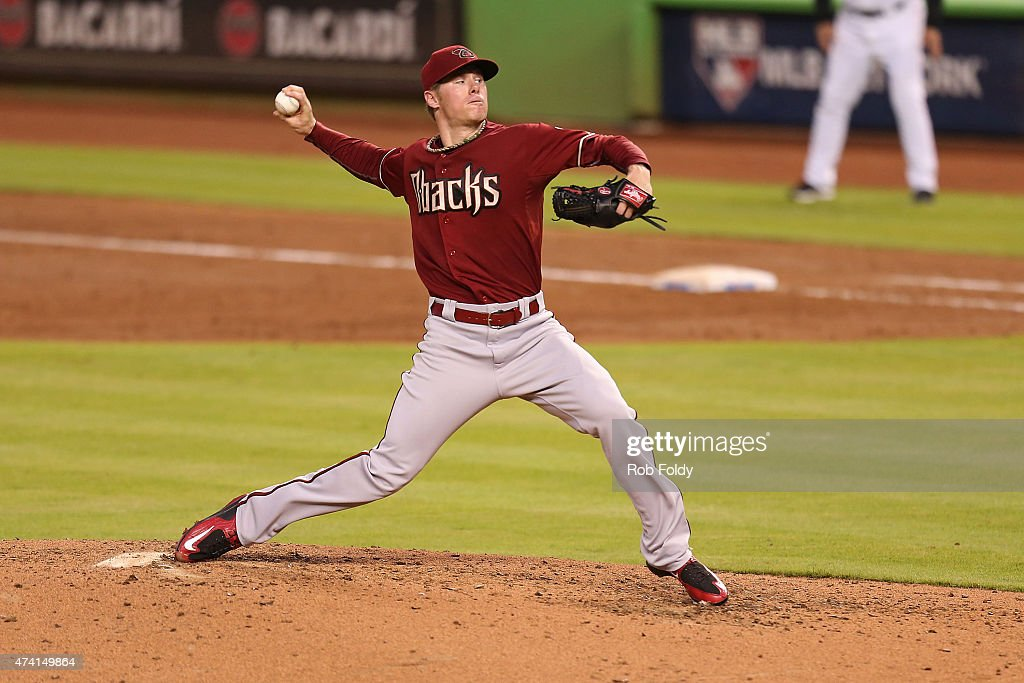 Chase Anderson #57 of the Arizona Diamondbacks piches during the fourth inning of the game against the Miami Marlins at Marlins Park on May 20, 2015 in Miami, Florida.