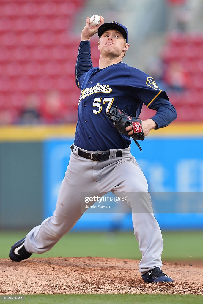Chase Anderson #57 of the Milwaukee Brewers pitches in the first inning against the Cincinnati Reds at Great American Ball Park on May 5, 2016 in Cincinnati, Ohio.