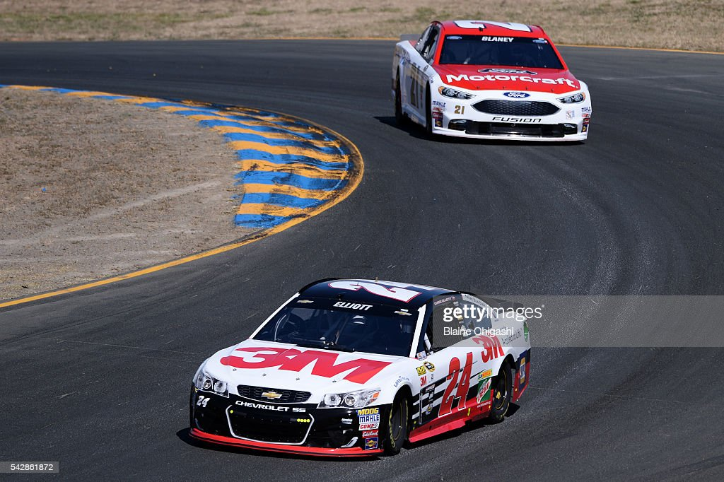 Chase Elliott, driver of the #24 3M Chevrolet, and Ryan Blaney, driver of the #21 Motorcraft/Quick Lane Tire & Auto Center Ford, drive during practice for the NASCAR Sprint Cup Series Toyota/Save Mart 350 at Sonoma Raceway on June 24, 2016 in Sonoma, California.