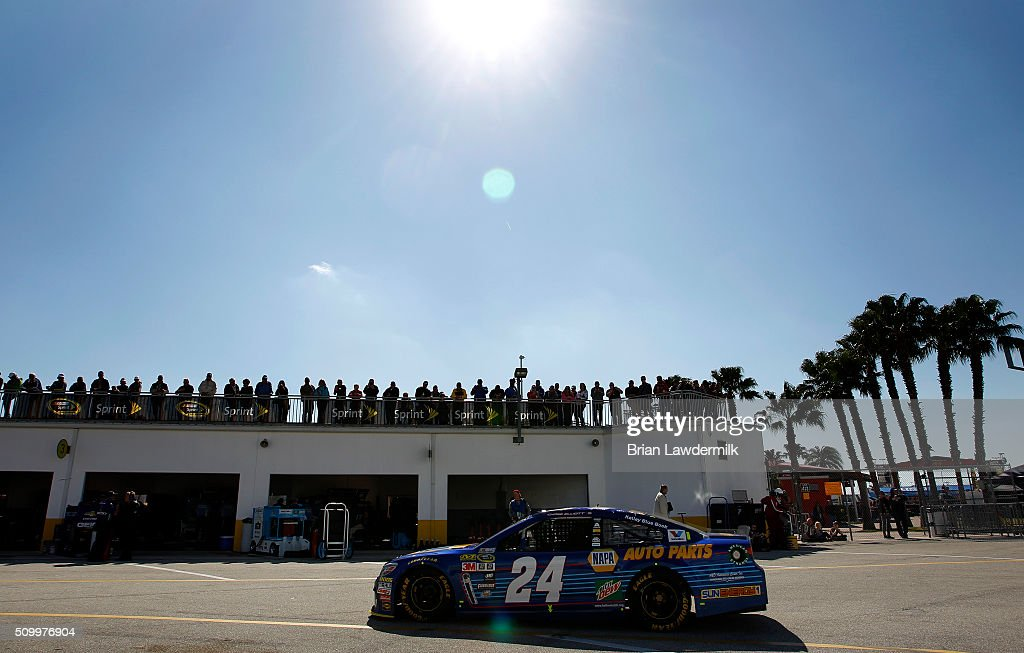 <a gi-track='captionPersonalityLinkClicked' href=/galleries/search?phrase=Chase+Elliott&family=editorial&specificpeople=3623017 ng-click='$event.stopPropagation()'>Chase Elliott</a>, driver of the #24 NAPA Auto Parts Chevrolet, drives through the garage area during practice for the NASCAR Sprint Cup Series Daytona 500 at Daytona International Speedway on February 13, 2016 in Daytona Beach, Florida.