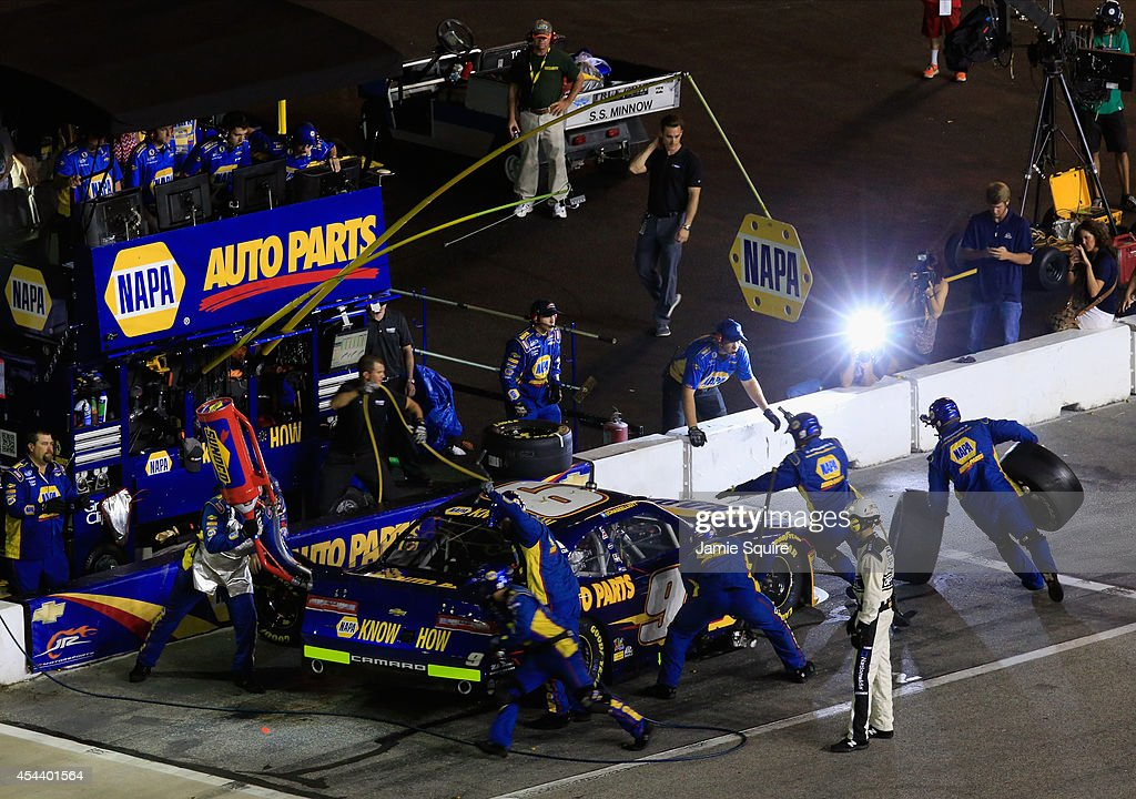 <a gi-track='captionPersonalityLinkClicked' href=/galleries/search?phrase=Chase+Elliott&family=editorial&specificpeople=3623017 ng-click='$event.stopPropagation()'>Chase Elliott</a>, driver of the #9 NAPA AUTO PARTS Chevrolet, pits during the NASCAR Nationwide Series Great Clips 300 at Atlanta Motor Speedway on August 30, 2014 in Hampton, Georgia.
