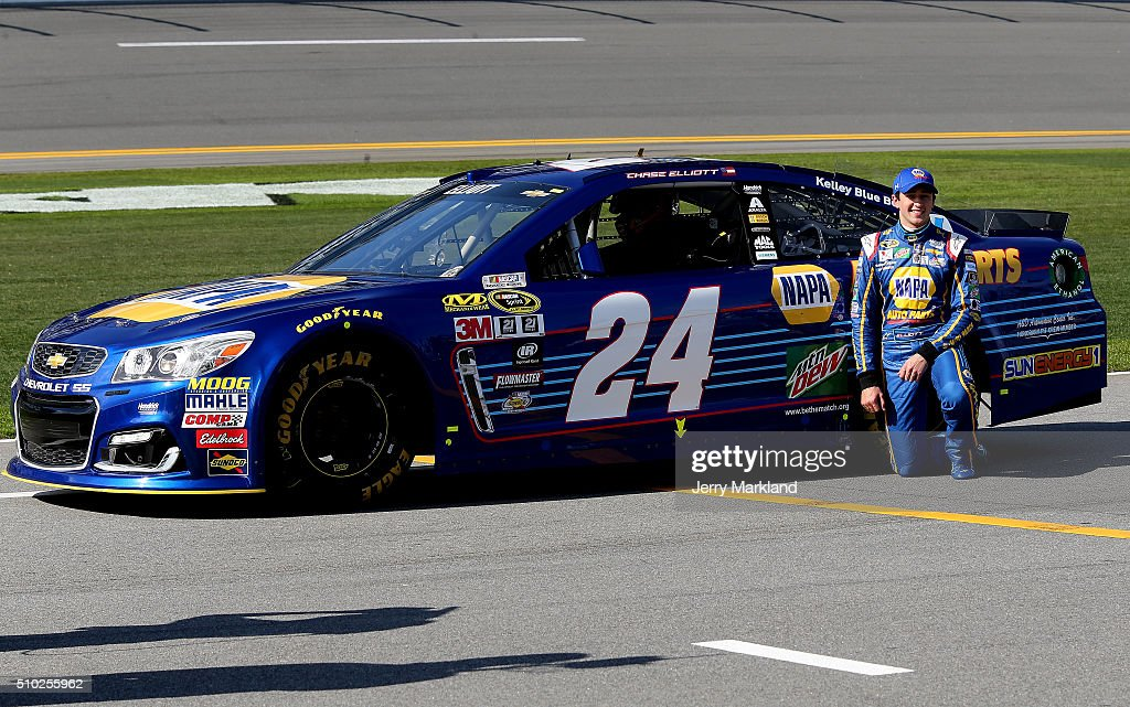 <a gi-track='captionPersonalityLinkClicked' href=/galleries/search?phrase=Chase+Elliott&family=editorial&specificpeople=3623017 ng-click='$event.stopPropagation()'>Chase Elliott</a>, driver of the #24 NAPA Auto Parts Chevrolet, poses with his car after winning the Pole Award during qualifying for the NASCAR Sprint Cup Series Daytona 500 at Daytona International Speedway on February 14, 2016 in Daytona Beach, Florida.