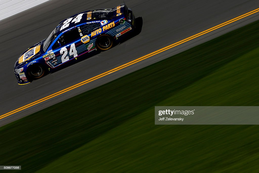 <a gi-track='captionPersonalityLinkClicked' href=/galleries/search?phrase=Chase+Elliott&family=editorial&specificpeople=3623017 ng-click='$event.stopPropagation()'>Chase Elliott</a>, driver of the #24 NAPA Auto Parts Chevrolet, practices for the NASCAR Sprint Cup Series Daytona 500 at Daytona International Speedway on February 13, 2016 in Daytona Beach, Florida.