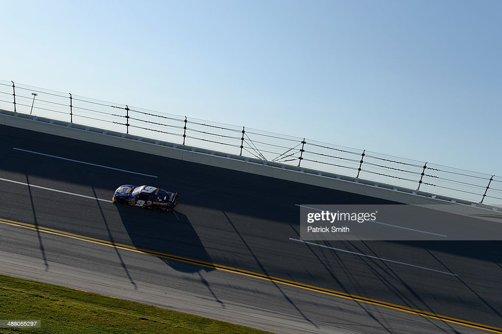 Chase Elliott, driver of the #9 NAPA AUTO PARTS Chevrolet, races during the NASCAR Nationwide Series Aaron's 312 at Talladega Superspeedway on May 3, 2014 in Talladega, Alabama.
