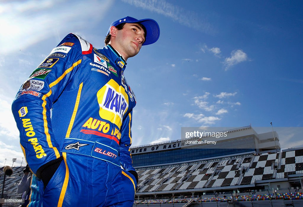 <a gi-track='captionPersonalityLinkClicked' href=/galleries/search?phrase=Chase+Elliott&family=editorial&specificpeople=3623017 ng-click='$event.stopPropagation()'>Chase Elliott</a>, driver of the #24 NAPA Auto Parts Chevrolet, walks on the grid during qualifying for the NASCAR Sprint Cup Series Daytona 500 at Daytona International Speedway on February 14, 2016 in Daytona Beach, Florida.