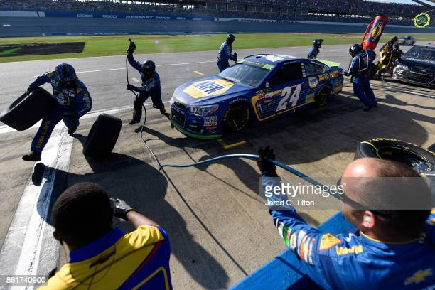 Chase Elliott driver of the NAPA Chevrolet pits during the Monster Energy NASCAR Cup Series Alabama 500 at Talladega Superspeedway on October 15 2017...