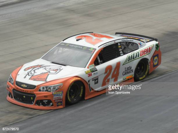 Chase Elliott Hendrick Motorsports Mountain Dew/Little Caesars Pizza Chevrolet SS during the Monster Energy Cup Series Food City 500 on April 24 at...