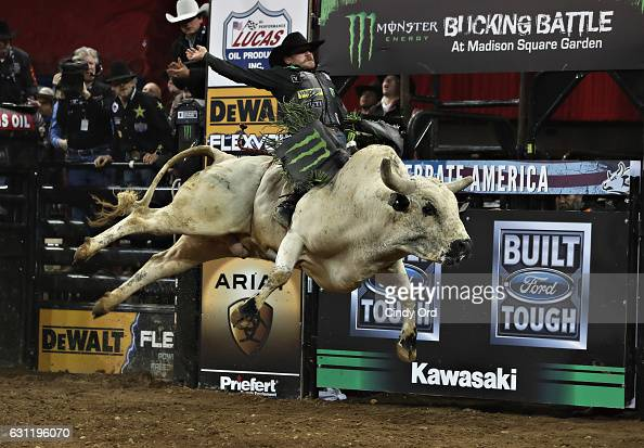 Chase Outlaw Stock Photos And Pictures Getty Images