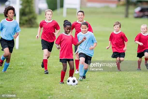 Verfolgen Sie die Fußball-Spielball