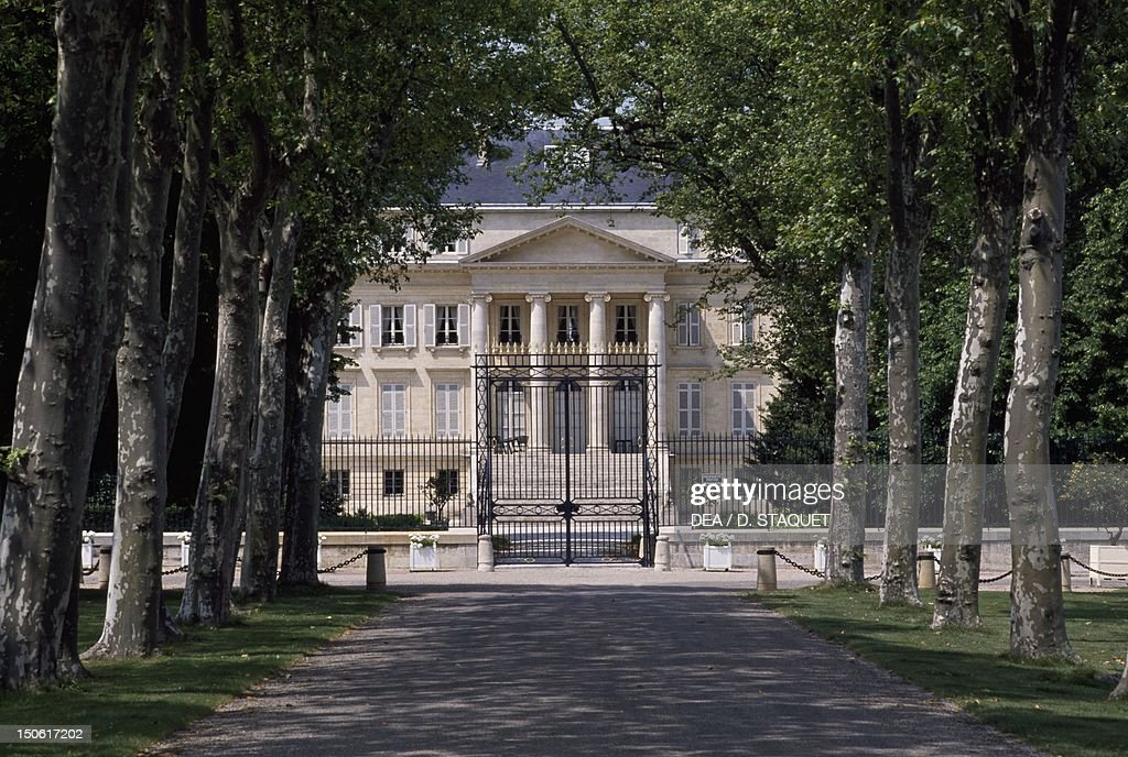 Chateau margaux medoc france pictures getty images for Chateau margaux