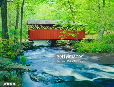 Chatfield Hollow covered bridge, Connecticut