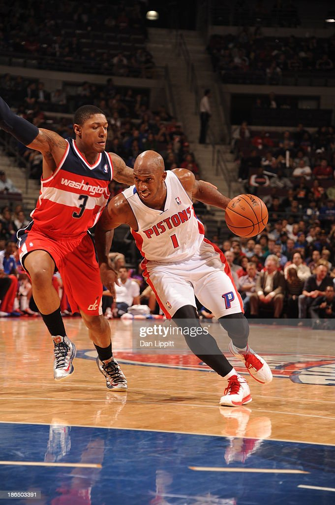 <a gi-track='captionPersonalityLinkClicked' href=/galleries/search?phrase=Chauncey+Billups&family=editorial&specificpeople=201508 ng-click='$event.stopPropagation()'>Chauncey Billups</a> #1 of the Detroit Pistons drives to the basket against the Washington Wizards during the game on October 30, 2013 at The Palace of Auburn Hills in Auburn Hills, Michigan.