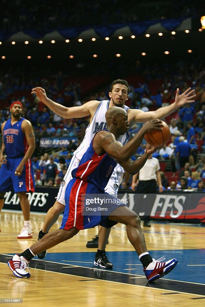 Chauncey Billups #1 of the Detroit Pistons drives to the basket against Hedo Turkoglu #12 of the Orlando Magic in Game Three of the Eastern Conference Quarterfinals during the 2007 NBA Playoffs at Amway Arena on April 26, 2007 in Orlando, Florida. The Pistons won 93-77.