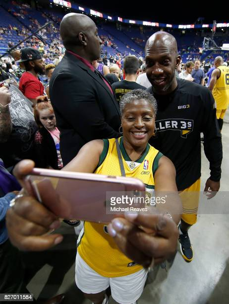 Chauncey Billups of the Killer 3s takes a selfie with a fan during week seven of the BIG3 three on three basketball league at Rupp Arena on August 6...
