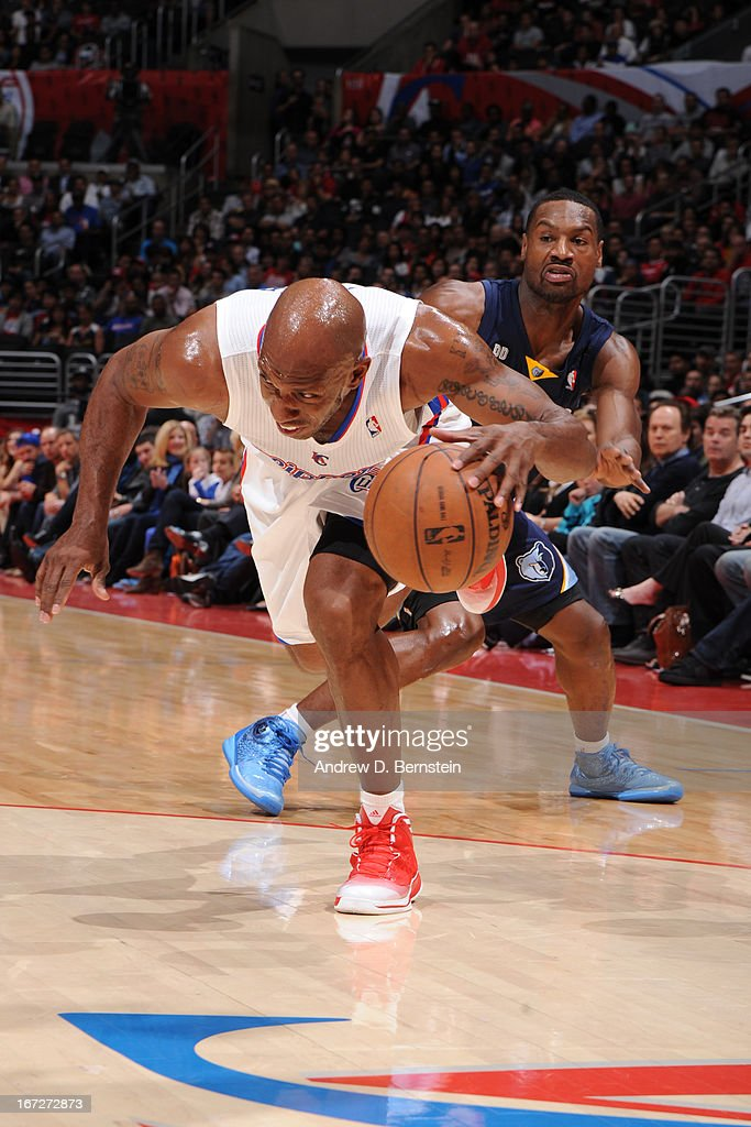 <a gi-track='captionPersonalityLinkClicked' href=/galleries/search?phrase=Chauncey+Billups&family=editorial&specificpeople=201508 ng-click='$event.stopPropagation()'>Chauncey Billups</a> #1 of the Los Angeles Clippers dribbles the ball against the Memphis Grizzlies at Staples Center on March 13, 2013 in Los Angeles, California.