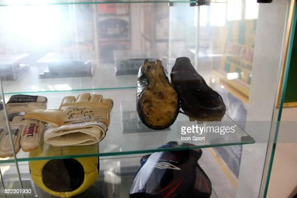 Chaussures Diego MARADONA Musee de Louis NICOLLIN Mas Saint Gabriel