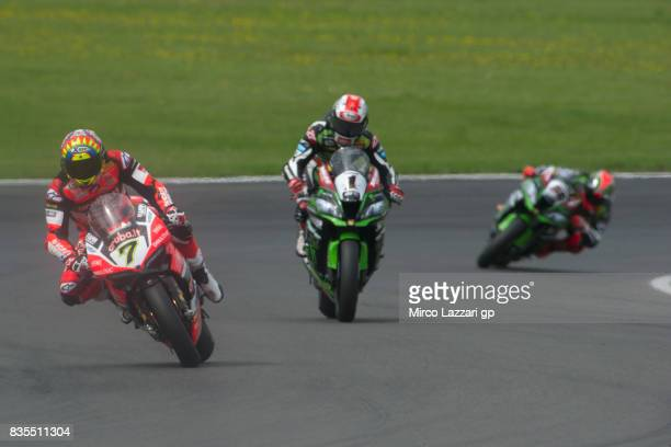 Chaz Davies of Great Britain and ARUBAIT RACINGDUCATI leads the field during the Superbike race 1 during the FIM Superbike World Championship Race 1...