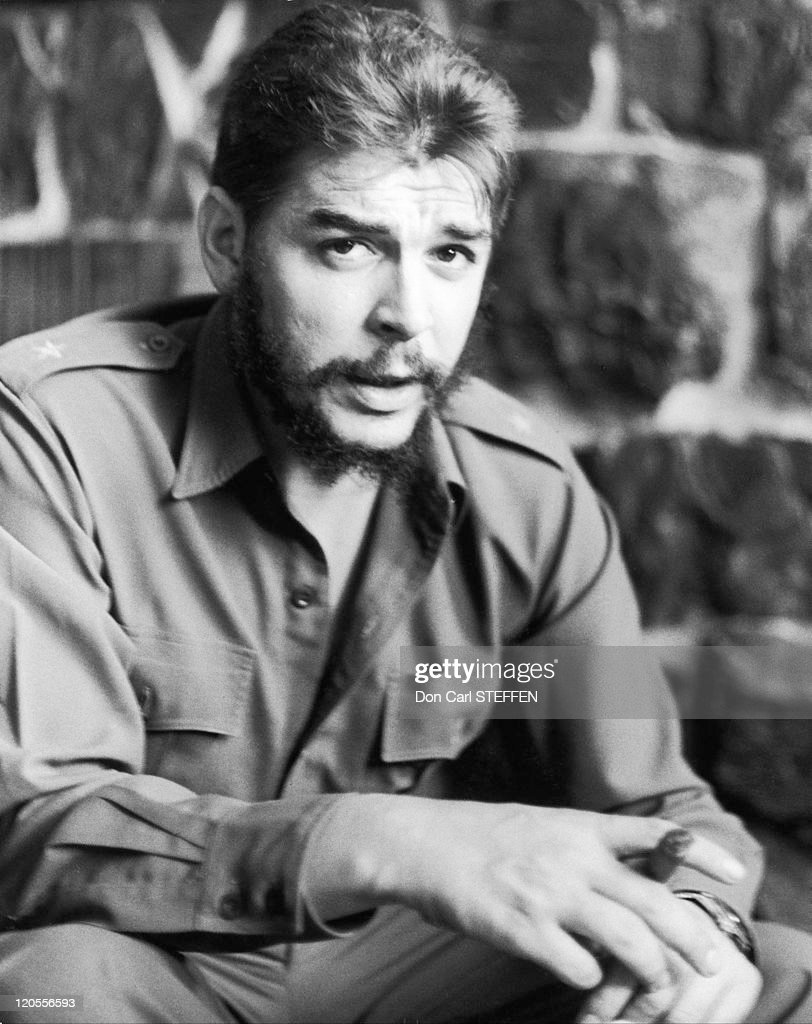 <a gi-track='captionPersonalityLinkClicked' href=/galleries/search?phrase=Che+Guevara&family=editorial&specificpeople=67207 ng-click='$event.stopPropagation()'>Che Guevara</a> in Algeria.