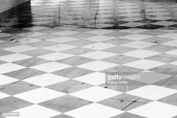 checker board pattern on floor