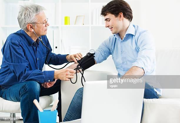 Überprüfung Blutdruck