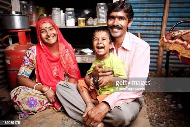 Joyeuse famille indienne du Rajasthan rural