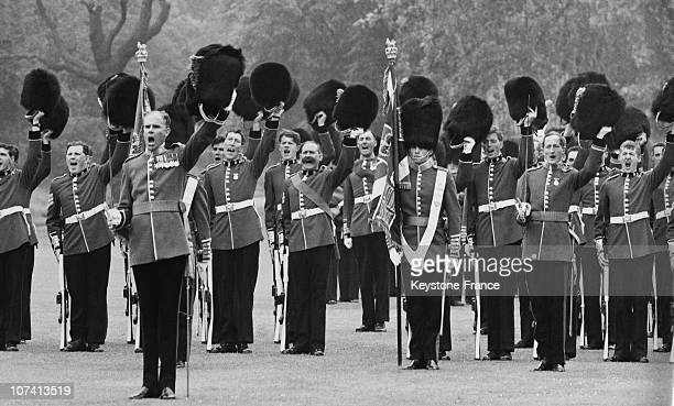 Cheers For The Queen By Irish Guards In London Buckingham Palace On 1966