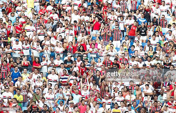 Cheers of Sao Paulo in action during the match between Santos and Sao Paulo for the Brazilian Series A 2014 at Arena Pantanal on November 23 2014 in...