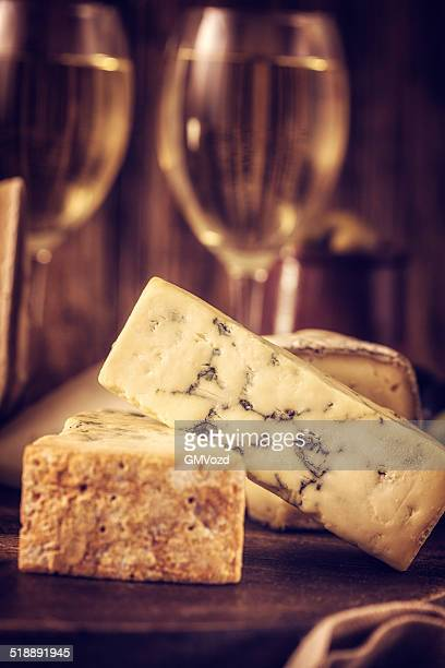 Fromage et vin blanc