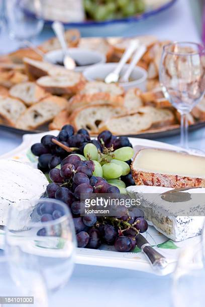 Fromage, raisin et pain