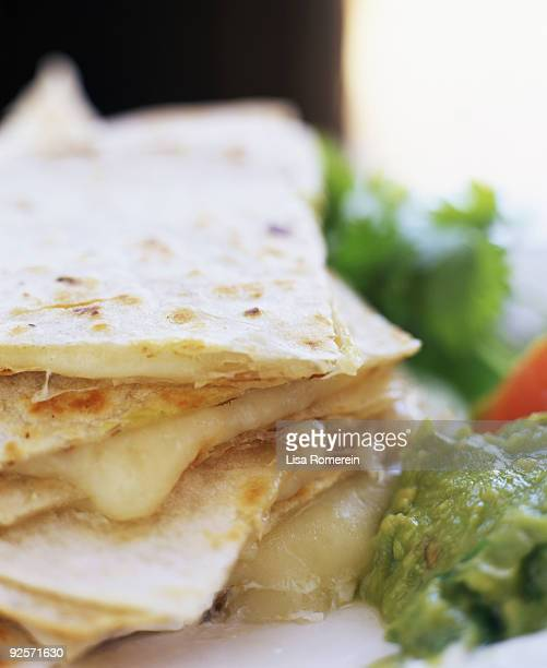 Cheese quesadilla and guacamole