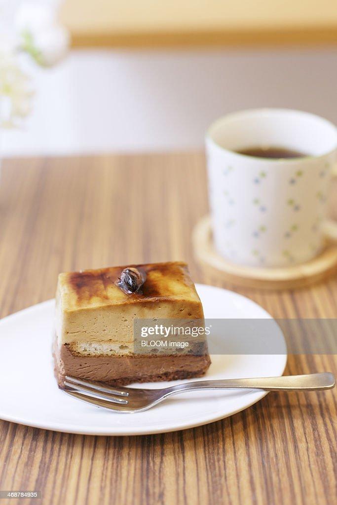 Cheesecake and tea : Stock Photo