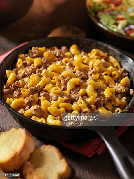 Vulgar Hamburger y Macaroni la cena