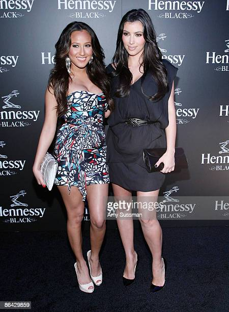 ¿Cuánto mide Adrienne Bailon? - Real height Cheetah-girls-adrienne-bailon-and-kim-kardashian-attend-the-done-picture-id86429859?s=612x612
