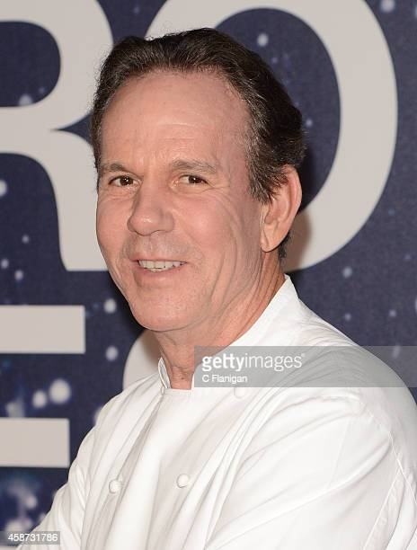 Chef and Restaurateur Thomas Keller attends the 2014 Breakthrough Prize Awards at NASA AMES Research Center on November 9 2014 in Mountain View...