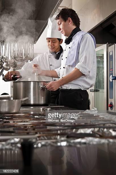 Chefkoch und Trainee