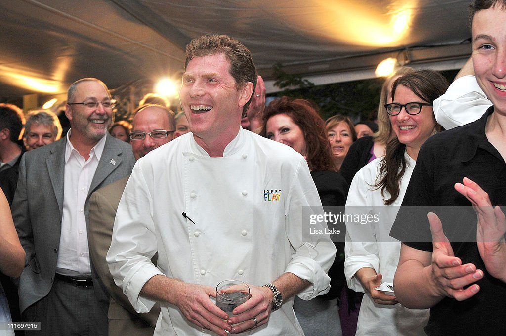 Chef <a gi-track='captionPersonalityLinkClicked' href=/galleries/search?phrase=Bobby+Flay&family=editorial&specificpeople=220554 ng-click='$event.stopPropagation()'>Bobby Flay</a> laughs during live auction at the the 4th annual Great Chefs Event Benefiting Alex's Lemonade Stand Foundation at Osteria Restaurant on June 17, 2009 in Philadelphia, Pennsylvania.