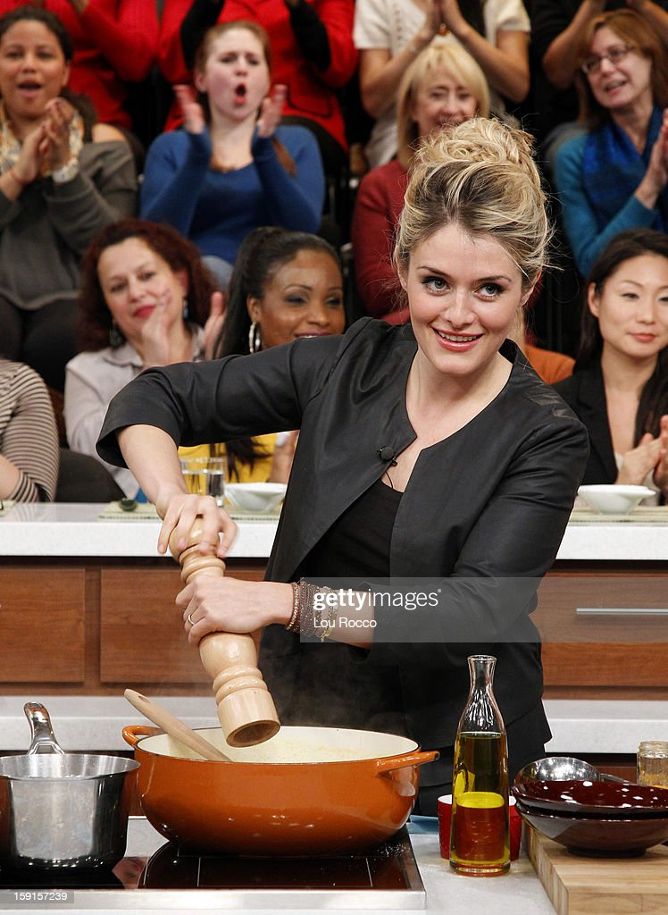 THE CHEW - Chef Bobby Flay visits 'The Chew' today, January 8, 2013. 'The Chew' airs MONDAY - FRIDAY (1-2pm, ET) on the ABC Television Network. OZ