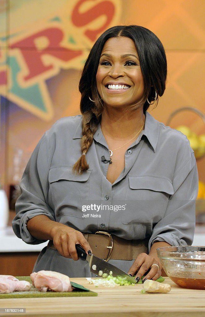 THE CHEW - Chef Curtis Stone has been named regular guest co-host of ABCs 'The Chew.' Actress Nia Long was the guest today Tuesday, November 12, 2013 on ABC's 'The Chew.' 'The Chew' airs MONDAY - FRIDAY (1-2pm, ET) on the ABC Television Network. NIA LONG