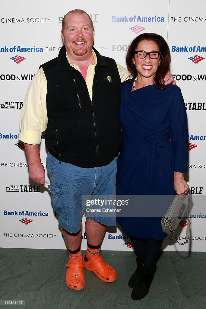 Chef <a gi-track='captionPersonalityLinkClicked' href=/galleries/search?phrase=Mario+Batali&family=editorial&specificpeople=669889 ng-click='$event.stopPropagation()'>Mario Batali</a> and wife Susan Cahn arrive at Bank of America and Food & Wine with The Cinema Society present a screening of 'A Place at the Table' at the Celeste Bartos Theater at the Museum of Modern Art on February 27, 2013 in New York City.