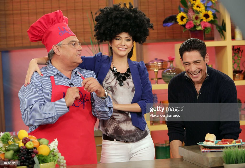 Chef Pepin, Ana Patricia Gonzalez and Johnny Lozada celebrate Univision's Tlnovelas cable network first anniversary on Despierta America at Univision Headquarters on March 1, 2013 in Miami, Florida.
