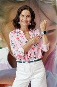 Samantha Vallejo-Nágera Presents Smartwatches for...