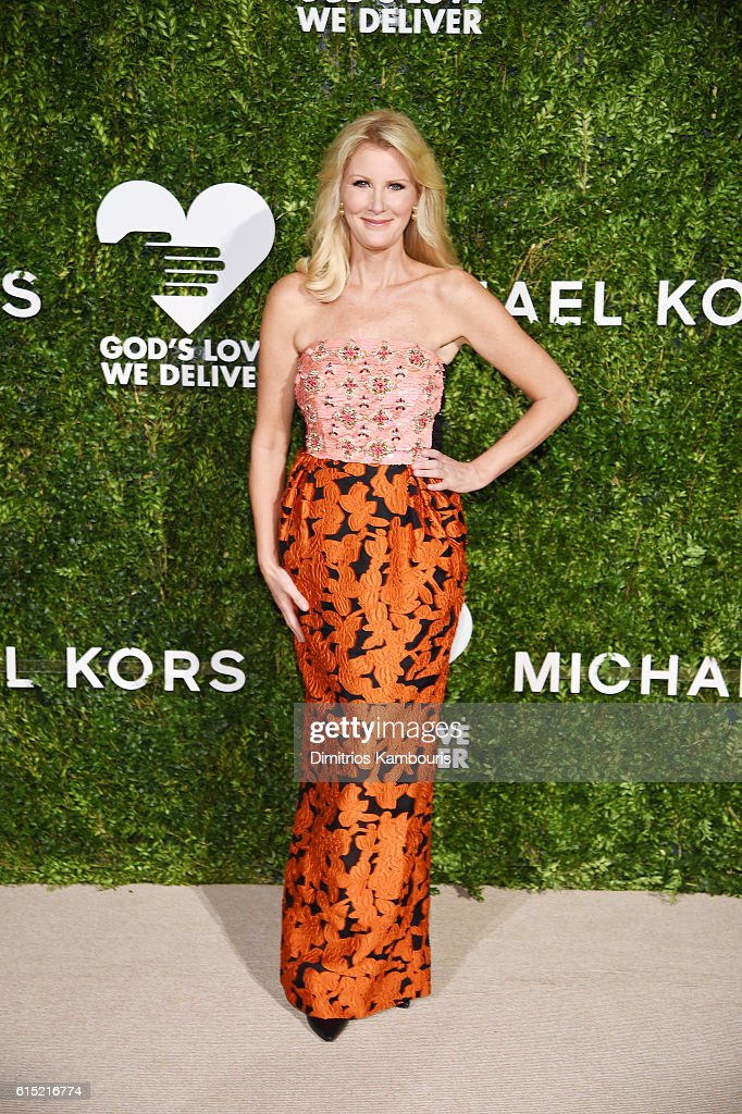 Chef Sandra Lee attends the God's Love We Deliver Golden Heart Awards on October 17, 2016 in New York City.